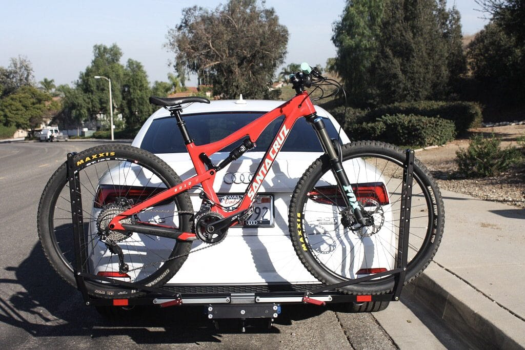 Review of the 1UP USA Quik Rack, a hitch mounted bicycle carrier | No hassle bike loading and secure transportation | #bikerack #mtb | scoutofmind.com