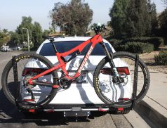 Review of the 1UP USA Quik Rack, a hitch mounted bicycle carrier   No hassle bike loading and secure transportation   #bikerack #mtb   scoutofmind.com