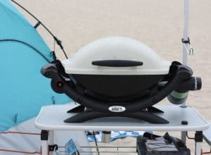 Review of the Weber Q1000 | Best portable grill for #camping or #tailgating | scoutofmind.com