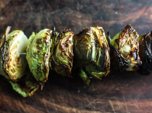 Easy Grilled Brussels sprouts Recipe | Easy #camprecipe side dish | scoutofmind.com